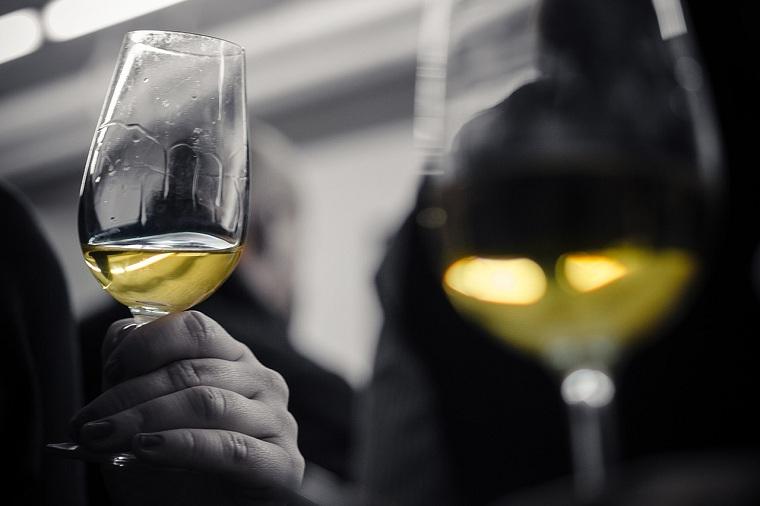 La Credenza Vini : I vini di sebastian stoker ph stefano fusaro la credenza